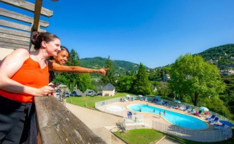 <p><strong>40% off the rental weekly stay from 1 to 8/06</strong></p>